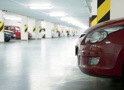 Власти передумали строить подземные паркинги в центре Петербурга